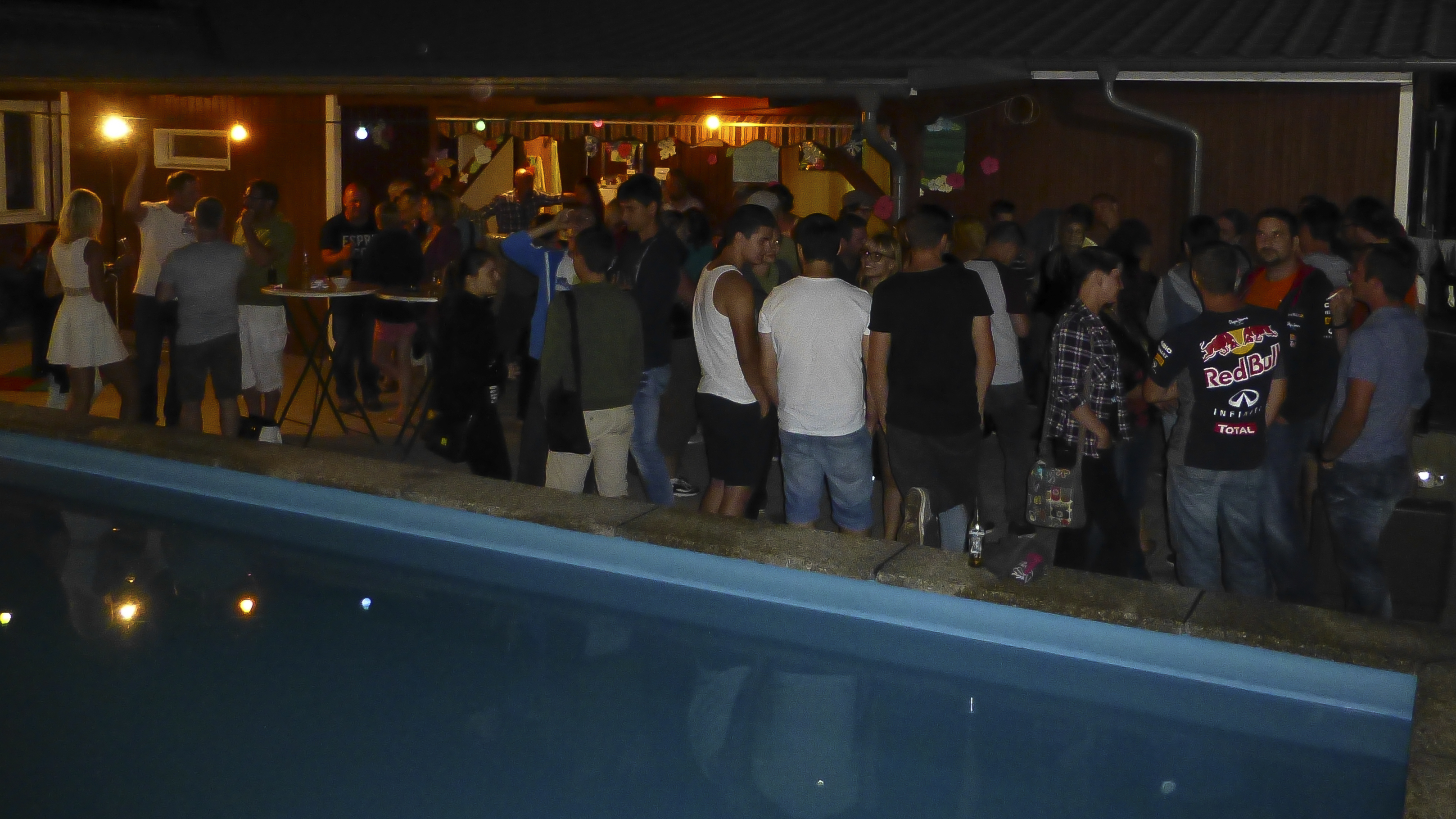 Wiesenfest - Poolbar